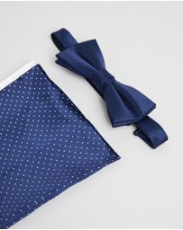 Jeff Banks - Ivy League Bow Tie & Pocket Square Gift Pack
