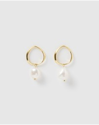 Izoa - Mini Pearl Drop Earrings
