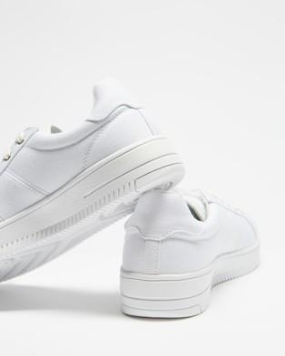 Human Premium Ava - Sneakers (White)