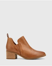 Wittner - Ita Leather Block Heel Gusset Ankle Boots