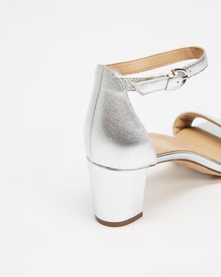 Naturalizer Vera - Mid-low heels (Silver)