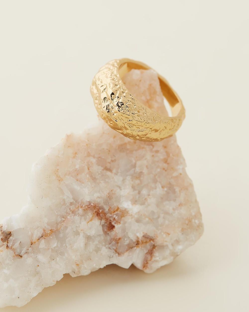 Amber Sceats Atlas Ring Jewellery Gold