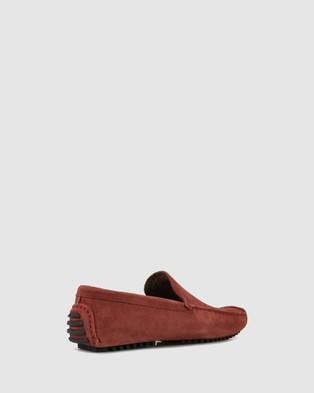 Brando - Colyn Driving Shoes Flats (BURGUNDY-630)