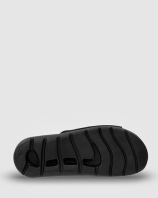 Ascent Groove Slider - All thongs (Black)