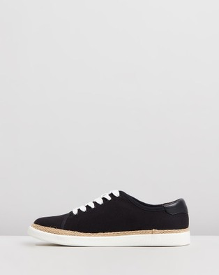 Vionic Hattie Sneakers - Slip-On Sneakers (Pitch Black)