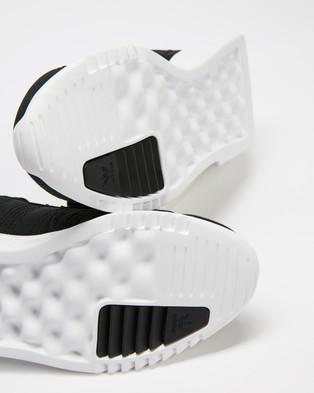 adidas Originals Geodiver Primeblue   Unisex - Lifestyle Sneakers (Core Black & Footwear White)