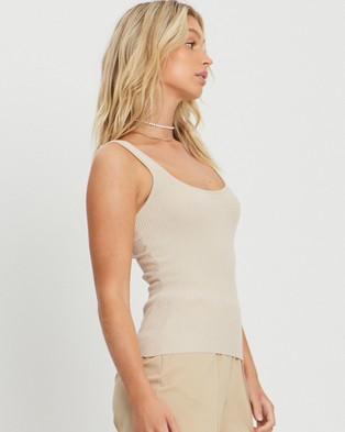 ST MRLO Hamptons Knit Top - T-Shirts & Singlets (Beige)