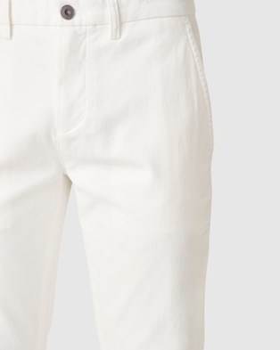 French Connection Slim Fit Chino Pant - Pants (OFF WHITE)