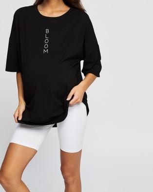 Angel Maternity Maternity Bike Shorts & Oversized Tee Set - Shorts (White & Black)