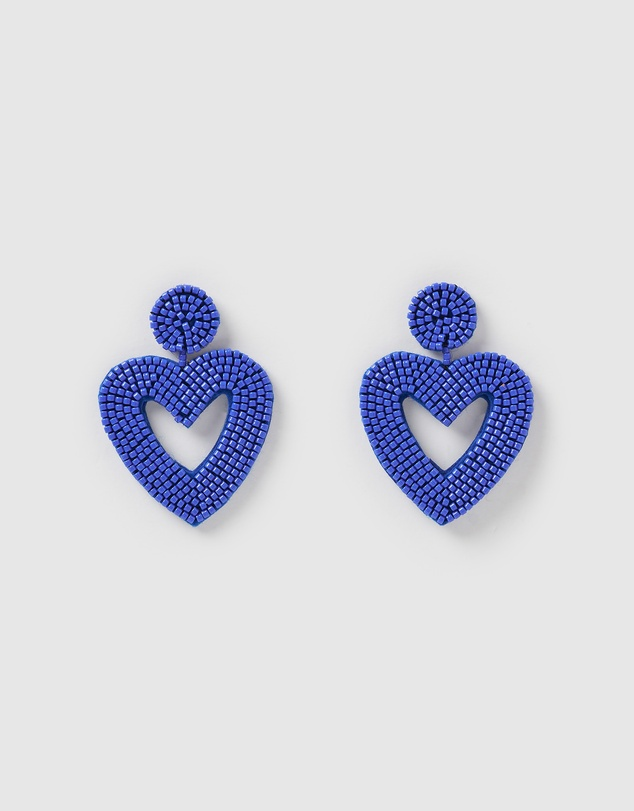 Izoa - Heartfelt Earrings