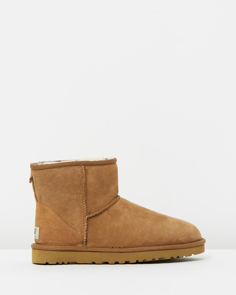 UGG Mens Classic Mini Boots Slippers & Accessories Chestnut