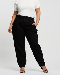Missguided Curve - Buckle Detail Riot Mom Jeans
