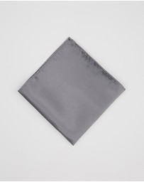 Staple Superior - Classic Pocket Square