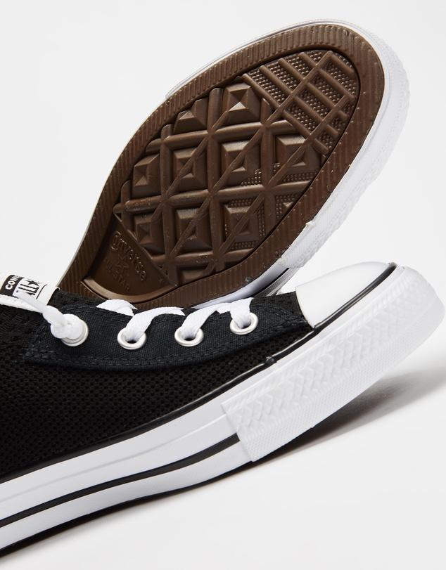 Women Chuck Taylor All Star Shoreline Knit Slip Low Top Sneakers