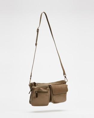 Bueno Della - Handbags (Brook)