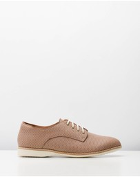 Rollie - Derby Pin Punch Shoes