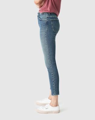 Mavi Tess Jeans - High-Waisted (Mid Used Blue Denim)