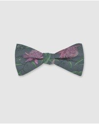Peggy and Finn - Waratah Bow Tie