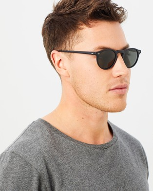 Oliver Peoples Gregory Peck Sun Polarised - Sunglasses (Black & Crystal Midnight)