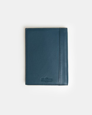 Globite Leather Passport Cover with RFID - Travel and Luggage (Blue)