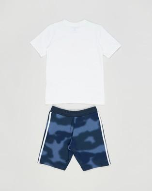 adidas Originals Camo Print Shorts and Tee Set   Kids - 2 Piece (White & Apsord)