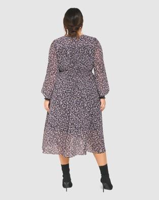 Forever New Curve Heather Shirred Waist Curve Dress - Dresses (Juniper Ditsy)