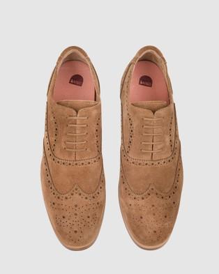 Bared Footwear Sodium 2 Lace ups   Men's - Dress Shoes (Tan Suede)