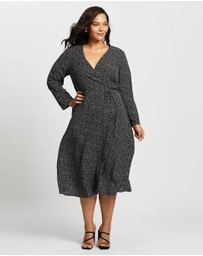Atmos&Here Curvy - Betty Midi Dress
