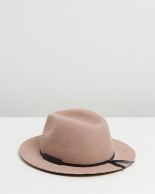 Billy Bones Club Old Pine Fedora - Hats (Tan)