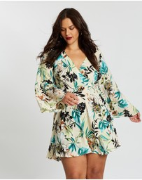 Missguided Curve - Wrap Front Flared Sleeve Mini Dress