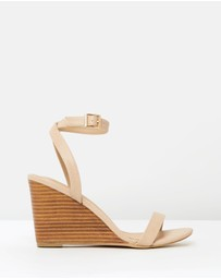 SPURR - Carina Wedges