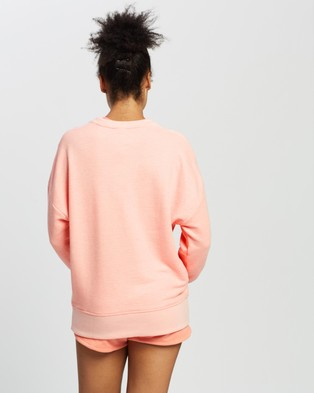 Reebok Performance Textured Crew - Crew Necks (Twisted Coral)