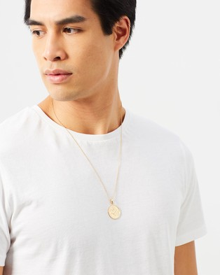 Chained & Able Sovereign Medallion Necklace - Jewellery (Gold)
