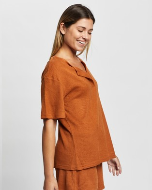 Atmos&Here Willow Relaxed Tee - Tops (Mocha)