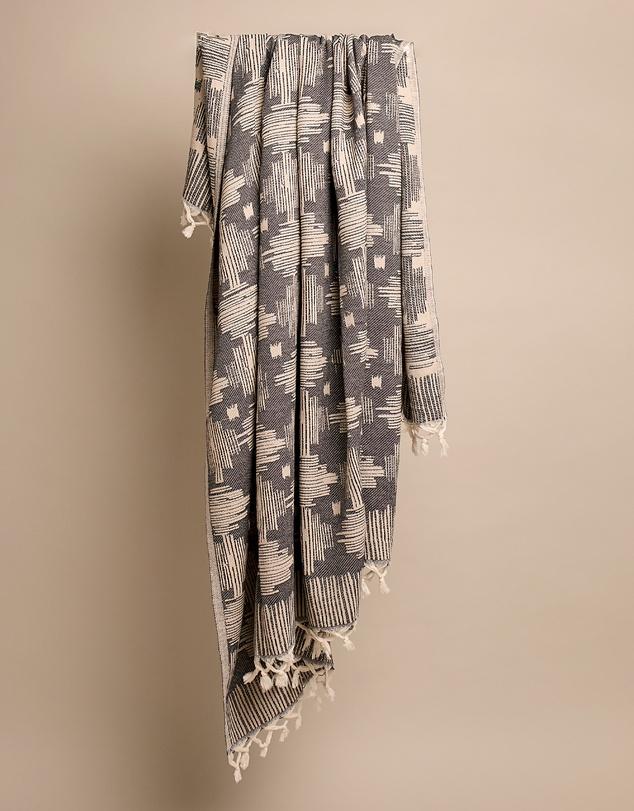 Life Papatya Square Beach Blanket/Throw