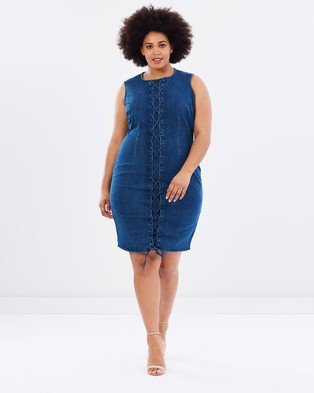 Lost Ink Plus – Lace Up Denim Pencil Dress – Dresses (Mid Denim)