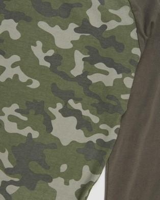 Cotton On Kids - Tom Long Sleeve Raglan Tee   Kids Teens - T-Shirts & Singlets (Camo & Limitless) Tom Long Sleeve Raglan Tee - Kids-Teens