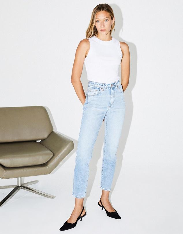 Women Lola Mom Jeans