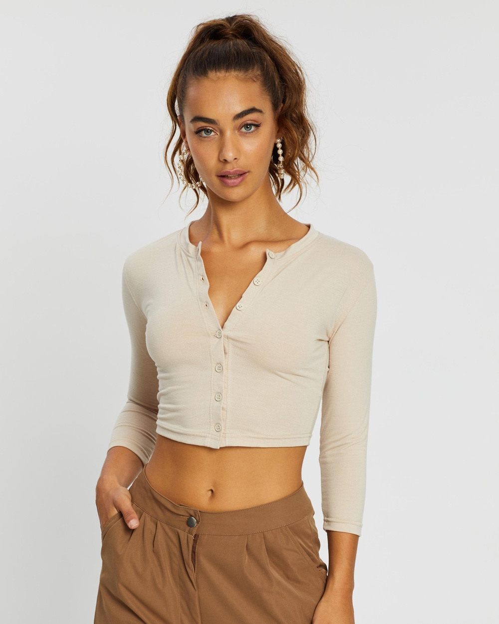 Missguided - Button Front Long Sleeve Crop Top - Cropped tops (Sand) Button Front Long Sleeve Crop Top