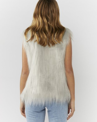 Everly Collective Windsor Faux Fur Vest - Coats & Jackets (Light Grey)