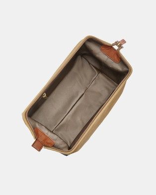 Fossil Framed Shave Kit Brown - Toiletry Bags (Brown)