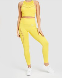 EN GARDE Apparel - Run in Yellow Seamless Set