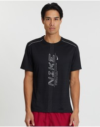 Nike - Dri-FIT Miler Short Sleeve Graphic Top - Men's