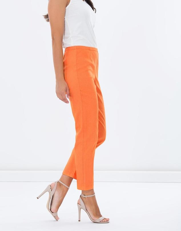 Women Pull-On Slim Fit Pants