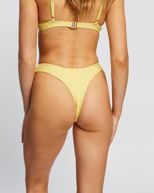 TWIIN Kasumi V Bottoms - Bikini Bottoms (Lemon)