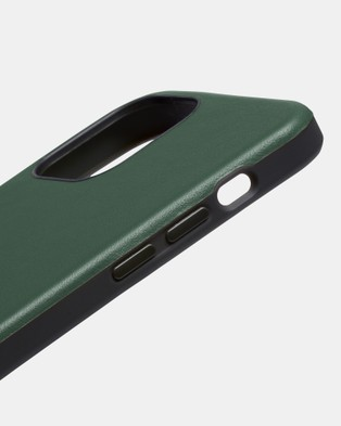 Bellroy Phone Case   0 card iPhone 12   iPhone 12 Pro - Tech Accessories (green)