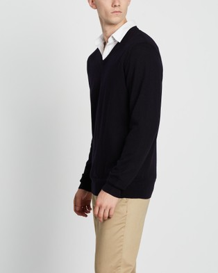 3 Wise Men The Fisher Merino Knit - Jumpers & Cardigans (Navy)