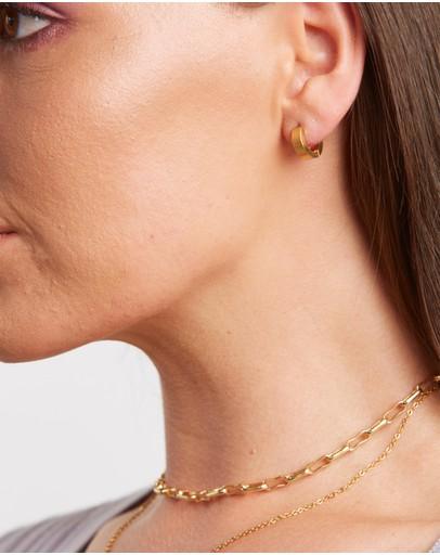 Peta And Jain Seline Dainty Huggie Earrings Gold