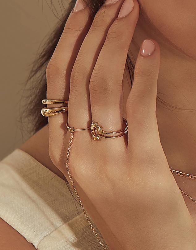 Women Sunseeker Gold Ring Set