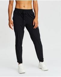 Gap - Woven Tapered Pants